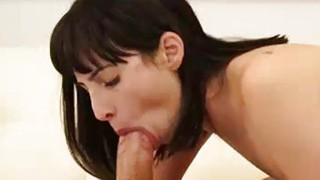 Image: Teen Asks Stepbrother To Lick Her Pussy