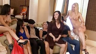 Singles fucking in Foursome mansion after erotic_game image