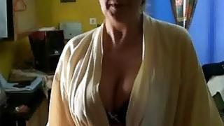 brunoymaria maria folla al tecnico de la alarma_en_su casa image