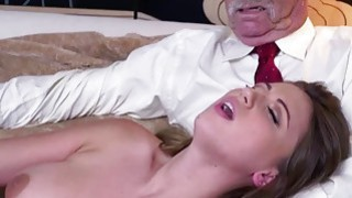 Image: Ivy Rose shows her sexy body and fucks her pussy