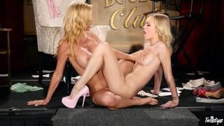 Lesbian MILF banging a young girl image