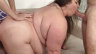Fatty gets her fat ass double penetrated image