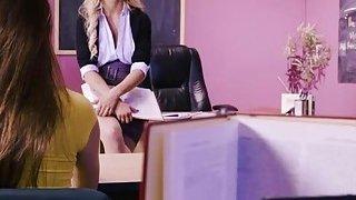 Image: Slutty blonde babe Jessa Rhodes sucking teen cock