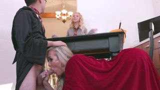 MILF Brandi Love gives masterful blowjob to Juan image