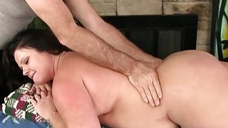 Image: Chubby MILF Crystal Valentin gets a sexual massage