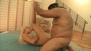 Image: Blonde slut Kacey Jordan_fucks with fat limo