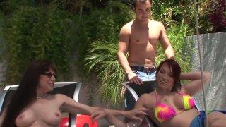 Naked and horny milfs Nicki Hunter & Alexandra Silk_enjoy seducing a man image