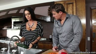 Jessica Jaymes gets fucked her_pussy in the kitchen image