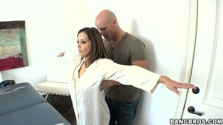 Image: Brown haired hottie Francesca Le in her massage session