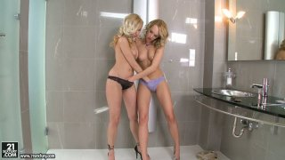 Curly blondies Bianca Golden and Blue Angel in lesbo workout image