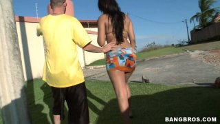 The dude picks up a girl on a beach named Thais Leima and gets quality blowjob outdoors image