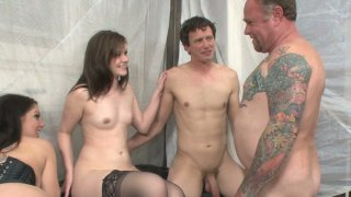Kinky mom Kiki Daire is fucking in an bisexual foursome_sex video image