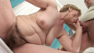 Most epic exofuck e - Fat milf maria e gets her pussy fucked by young dude image