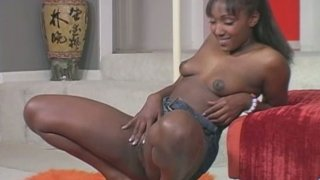 Image: Black sexy and_spoiled hooker loves posing naked on cam