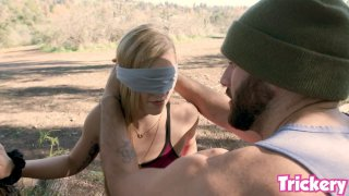 Bird box Challange with Big Penis and Kali Roses image