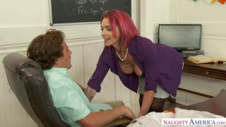 Professor Anna Bell Peaks Gives a Good Lesson… And Head image