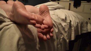 Wifes Footplay image