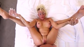 Perfect Body Step-Mom Gwen Ride cock Cool Tender Step son image