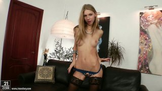 Wondrous wanker_with nice tits Abbie has a dildo for her pussy image