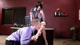 Joslyn James lets her co-worker lick her perfect feet image