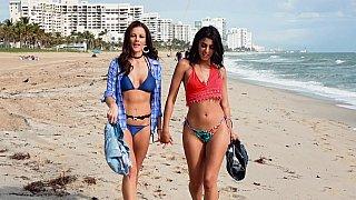 Image: Bff beach sluts