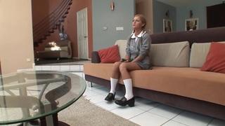A good schoolgirl gets_hardcored image