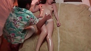 Subtitles Japanese busty massage clinic in_HD image