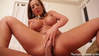 Richelle Ryan is ridding an massive cock of Marco Banderas image
