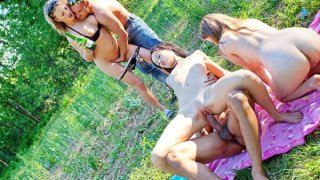 Amazing college girl porn with hot threesome image