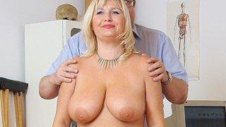 Natural big tits Milf vagina gyno clinic_exam image