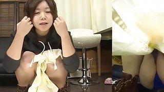 Subtitles Japanese amateur pee desperation in HD image