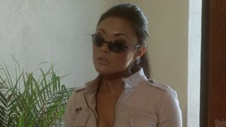 Perfectly shaped asian beauty Kaylani Lei works on_cock with her sweet mouth image