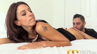 Horny MILF Eva Long gets covered in cum image