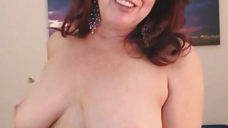 Hot_Old_MOM_Brunette_Need_Attention image