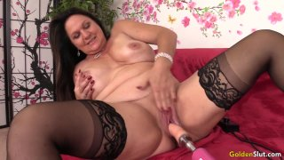 Amazing Mature Leylani Wood Spreads Her Legs for a Fucking Machine image