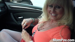 Cougar MILF gets anal image