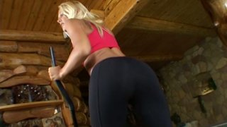 Appetizing blonde_bitch Dorina brags wiht her booty in yoga pants image