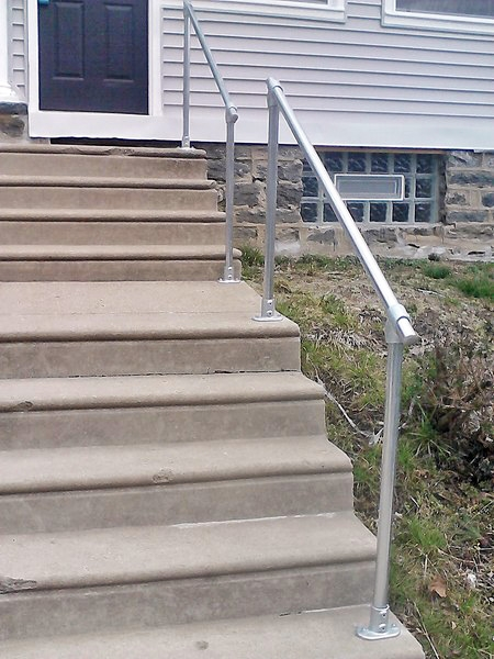15 Customer Railing Examples For Concrete Steps Simplified Building | Wood Railing On Concrete Porch | Surface Mount | Wood Decorative | Vinyl | Front Entry Stair | Bluestone Patio