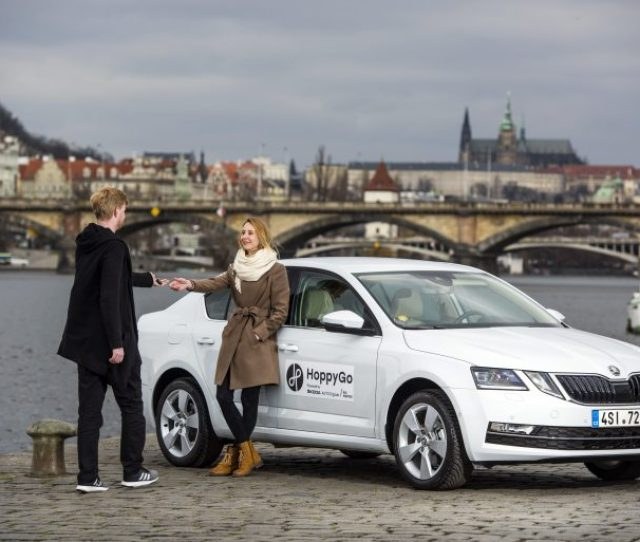 Skoda Auto Digilab Adds To Its Own Carsharing Portal Hoppygo Through Joint Venture