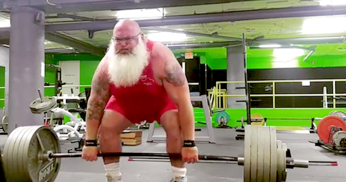 Santa Is Real And Apparently He Can Deadlift 650 Pounds