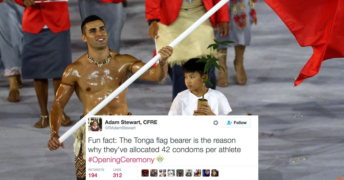 The Internets Favorite Outfit Of The Olympic Opening Ceremony Was Tongas Shirtless Flag Bearer