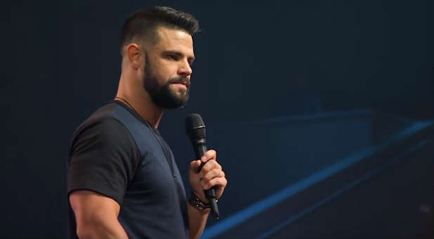 Steven Furtick – Triggered : Taking Back Your Mind In The Age Of Anxiety ( Part 4 ) Mp3 Download