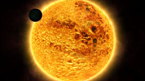 Hazy red sunset on extrasolar planet | ESA/Hubble