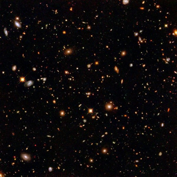 Hubble's near-infrared camera digs for galactic gold | ESA ...