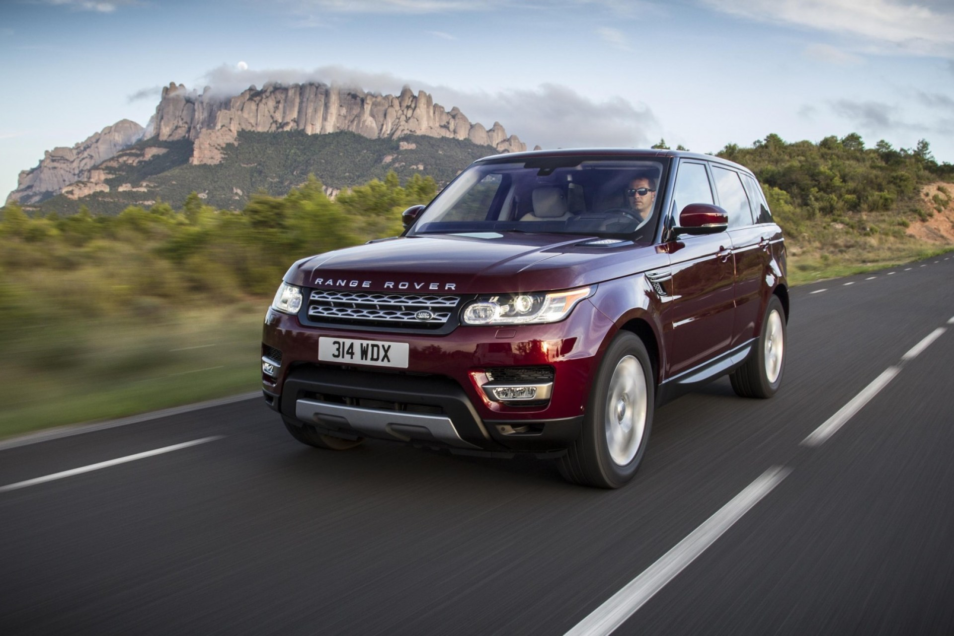 The updated Range Rover Sport is a whole lot of car – even with a