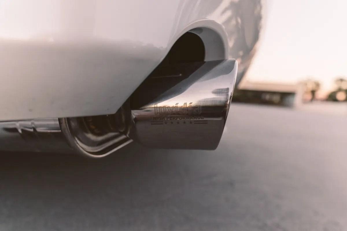 invidia q300 exhaust lexus is250 is350 axle back 06 13 hs06lisgt3