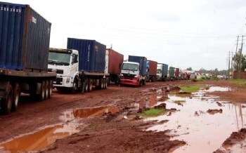 Testing of truckers resumes after 3 weeks of snarl-ups
