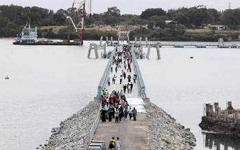 Government focuses on safety of Likoni floating bridge