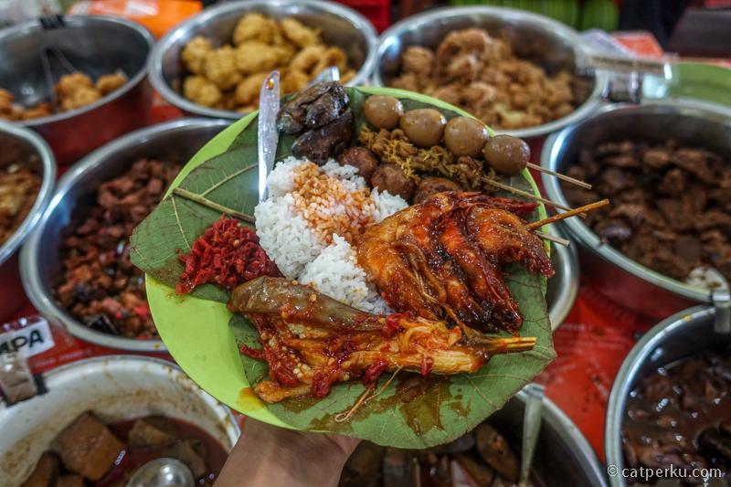 Nasi Jamblang, kuliner favorit!