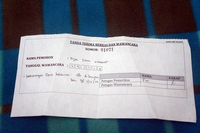 Selesai wawancara di Ditjen Immigrasi Pusat Indonesia akan menerima tanda terima seperti ini :)
